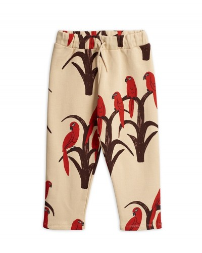 red parrot sweaterpants