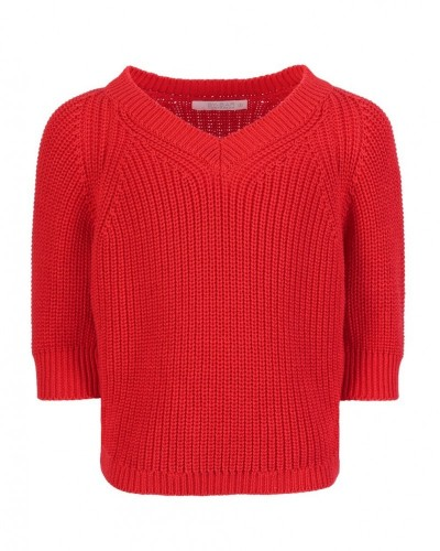 red pullover lune