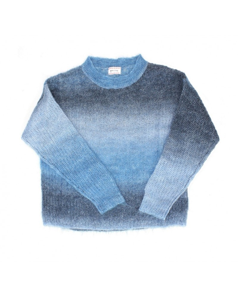 blue knitted sweater irsia